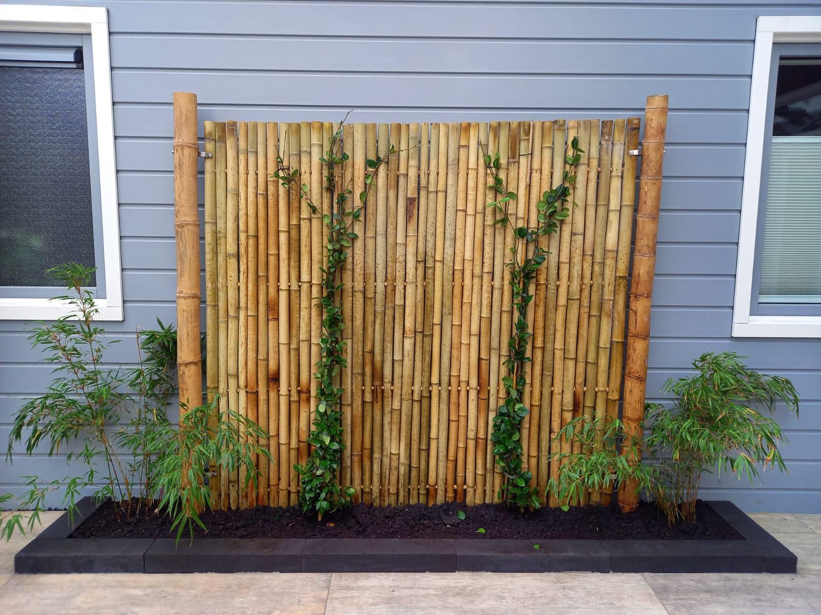 Tuinaanleg bamboe schutting Haarlem
